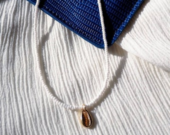 White Seed Bead Necklace | Gold Cowrie Charm Necklace | Beaded Cowrie Necklace | White Choker Necklace | Summer Jewelry | Outerbanks