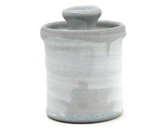 Soda-fired jar with celadon glaze