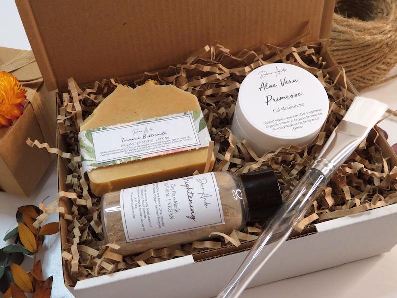 Natural organic spa gift box