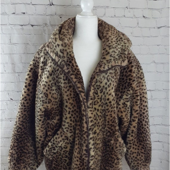 Leopard/Cheetah Print Faux Fur Hooded Coat Size M
