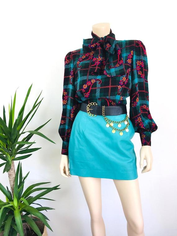 Vintage 1980s MINT GREEN Micro Mini LEATHER Skirt - image 3