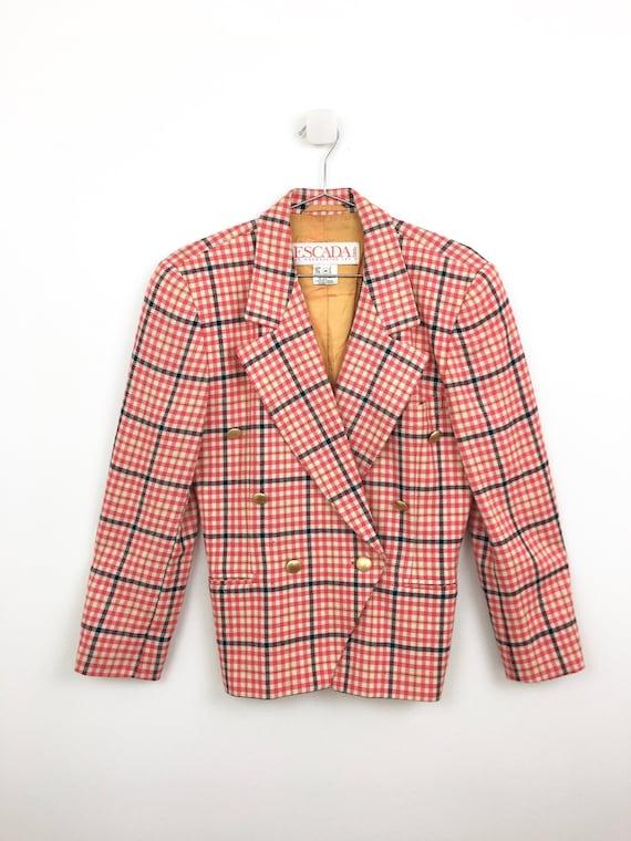 Retro Vintage Red Plaid Blazer Jacket in Women/'s Size 6 with a 33 inch waist.