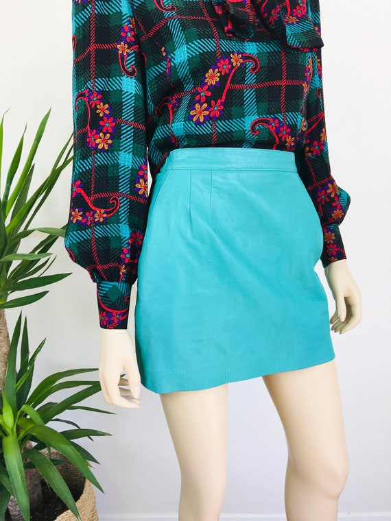 Vintage 1980s MINT GREEN Micro Mini LEATHER Skirt - image 6