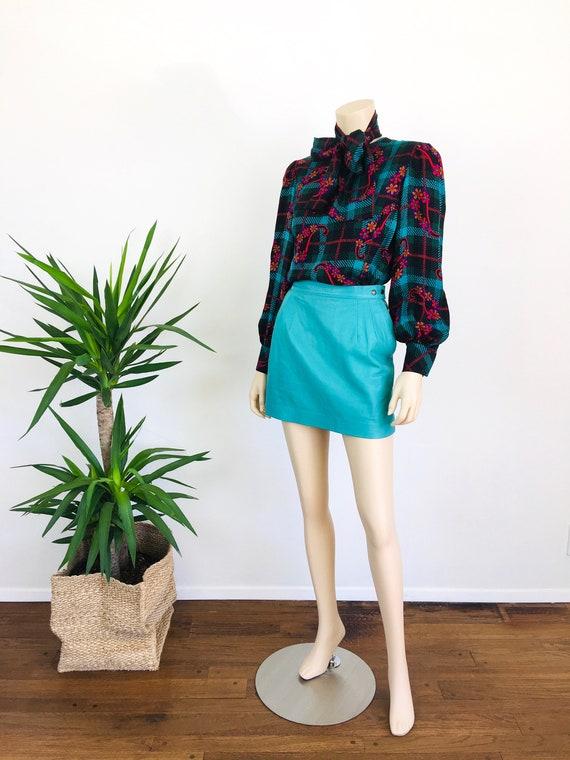 Vintage 1980s MINT GREEN Micro Mini LEATHER Skirt - image 2