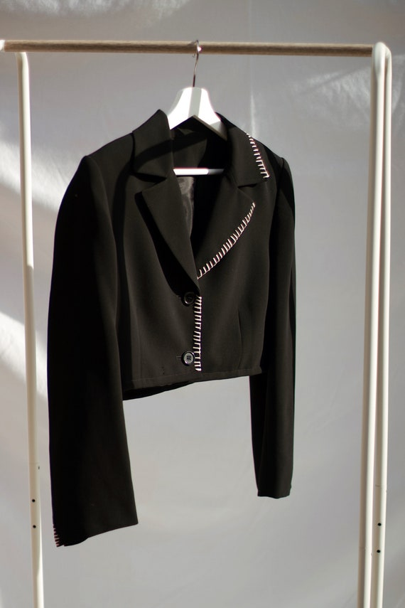 Vintage Boxy Black Cropped Blazer