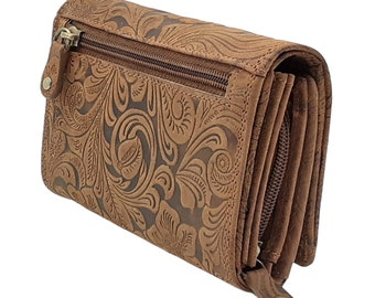 Women's wallet and purses or purses made of genuine buffalo leather Compact with special many credit card pockets in brown color