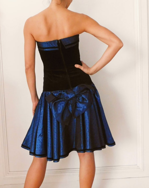 Vintage 80s Prom Dress Black and Gold Metallic XS Small 80s 90s does 50s Party Dress Black Velvet Gold Crinoline Dress Laura Ashley