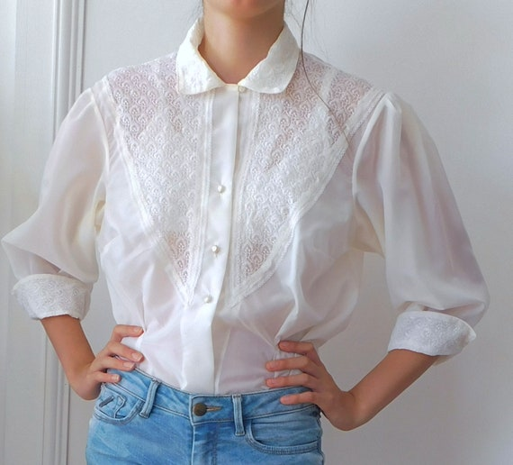 Chantilly Blouse/50s  Lace Details Blouse/Semi She