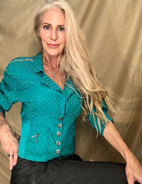 Silk green shirt with silver buttons fitted - image 1