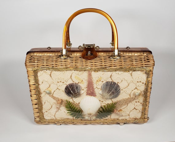 Vintage Wicker Seashell Handbag with Lucite Handle