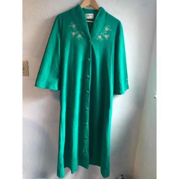 1960s Vintage Kayser Emerald Green Fleece Embroide
