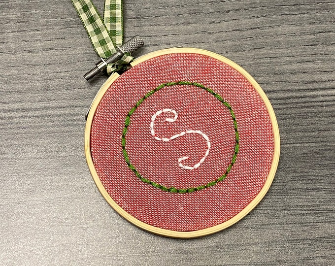 Simple Custom Initial Christmas Ornament in Embroidery Hoop - Holiday Handmade Gift - Tree Home Decor - Minimalist Holiday Ornament - Custom