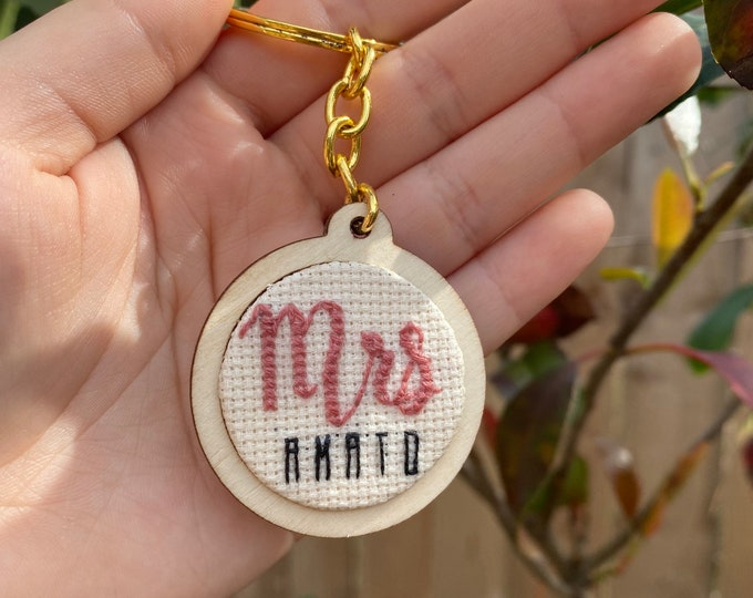 Mrs Keychain - Bride to Be Keychain - Hand Embroidery - Quirky Keychain - Engagement Gift for Her - Wife - Wedding Gift - Bride Vibes