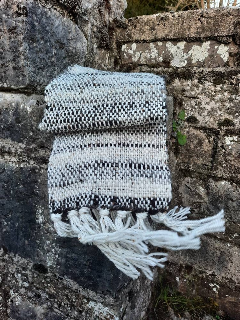 Hand woven scarf pure wool image 1