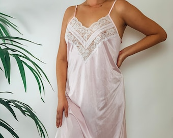made in USA Samye Vintage Pale Pink Silky Satin and Lace Nightie size sm