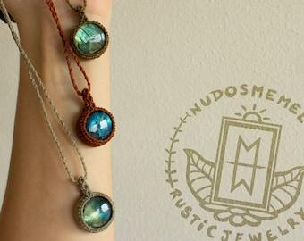 10+ ideeën over Nicolette | initialen sieraden, vrouw, dame