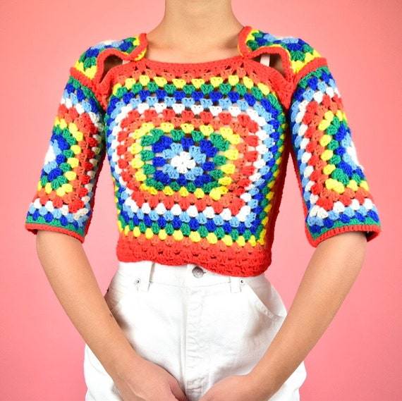 vintage 70s rainbow crochet crop top - image 2
