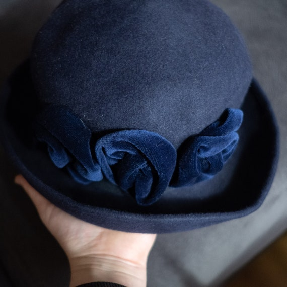 Elegant Blue Vintage Hat, Second Hand Winter Hat,V
