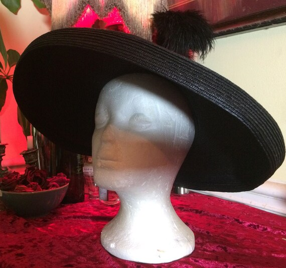 Black 1950s hat vintage saucer sunhat  straw velve