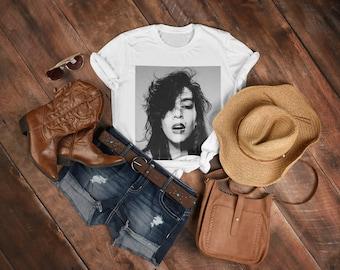 Kate Moss T-Shirt | Supermodel T-Shirt | Britpop T-shirt | 90s Vibe Tee | Vintage Style T-Shirts | Graphic Design Tees | Unisex T-shirts