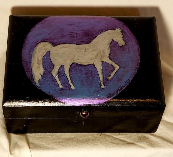 Prancer Box (Click for more views)