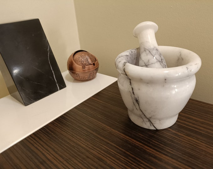 Quality Herb and Spice Grinder - Heavy Lilac Marble - Marble Mortar And Pestle Set - Mortar Pestle Set - Gift for Mom