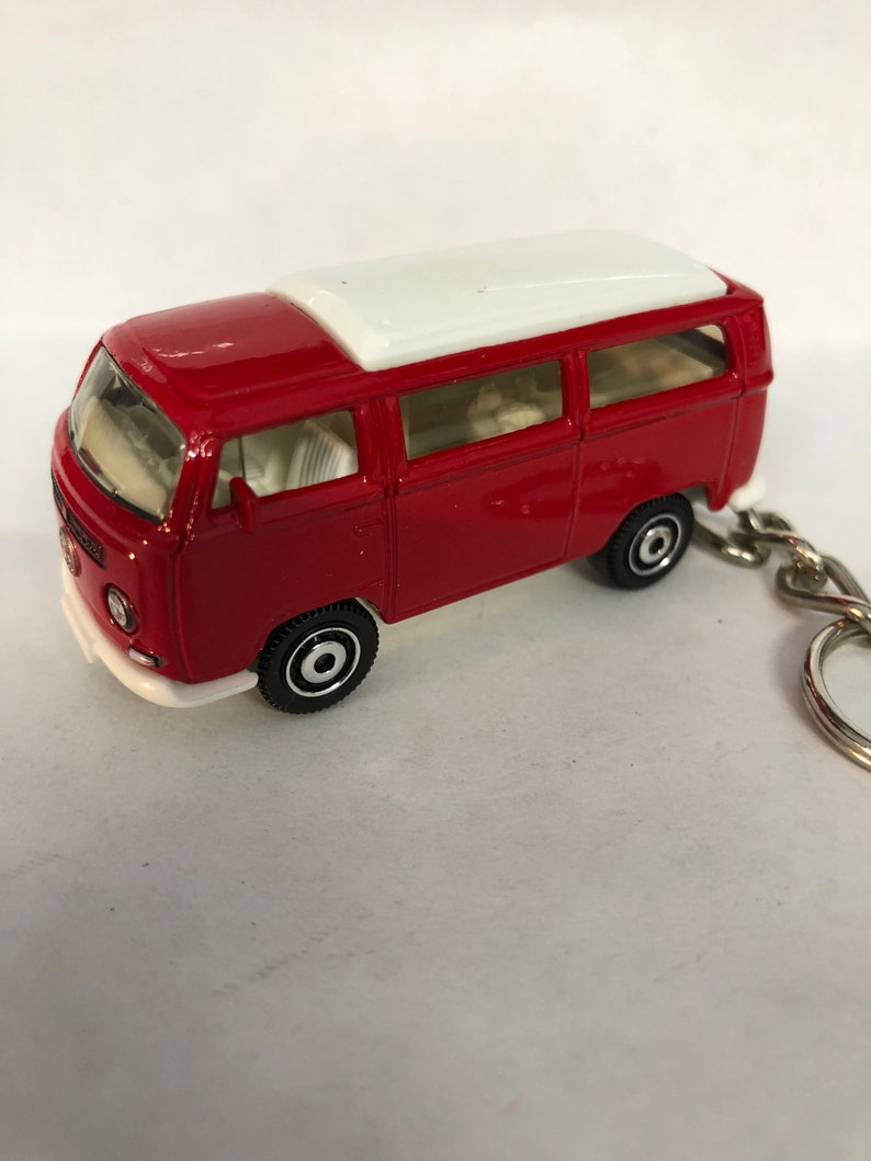 Volkswagen T2 Bus  Keychain Key Ring and chain chrome