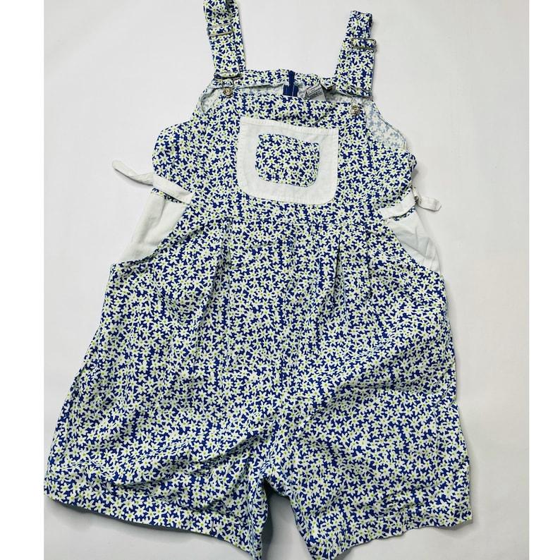 90s Streetwear Womens Medium Floral Short Overalls 90s Streetwear Womens Medium Blue Daisy Floral Short Overalls 90s Streetwear Overalls