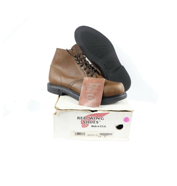 NOS Vtg 90s Red Wing Shoes Mens 13 E Oil Tanned L… - image 1