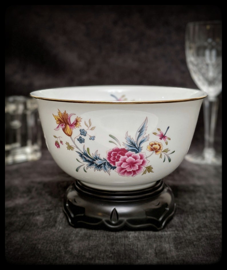 Avon 1981 Heirloom Collection Independence Day Porcelain Bowl image 8