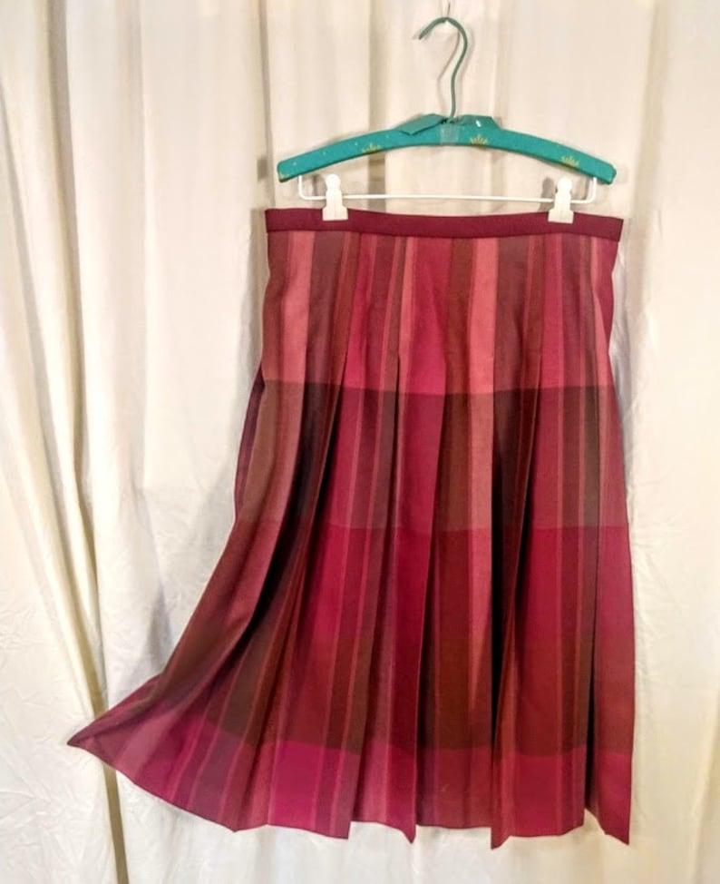 Vintage 1990s Pleated Midi Skirt Pendleton 100/% Wool Purple Burgundy Green Brown Plaid Classic Preppy Size 14 Waist 34