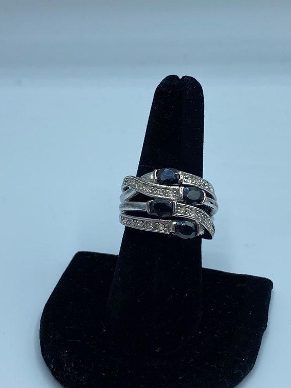 Vintage black and Silvertone ring