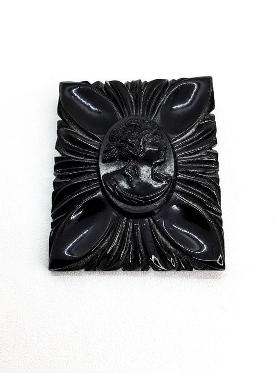 1930s Black /& White Bakelite Buckle