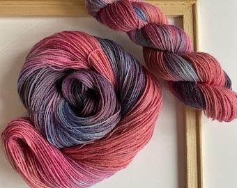 The Cheshire Cat  50g  Merino  Silk  Purple  Cerise  Pink  Hyacinth  Thistle  Mauve  Spinning  Felting Wonderland Art Batt  9