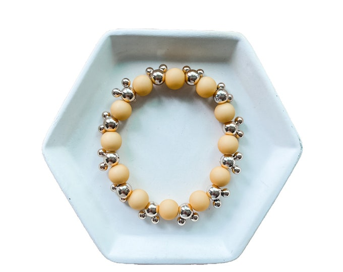 Icon Mickey with Alternating Solid Color Pattern Bracelet