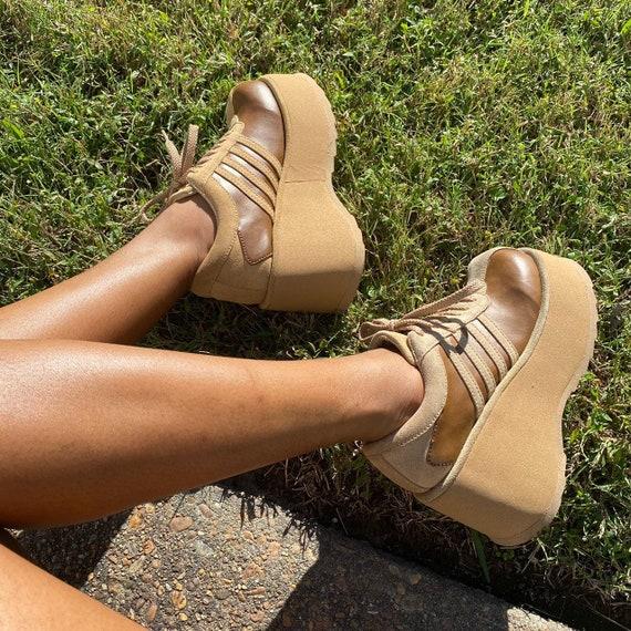 SOLD Vintage 90s platform lace up sneakers