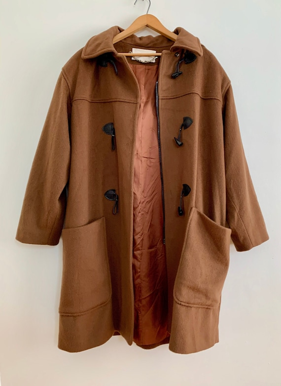 Vintage tobacco coloured women's WOOL coat/ Women'