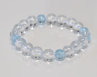 Sky blue topaz with clear quartz bracelet purify, fulfilment of love, grants intuition and insight, healing