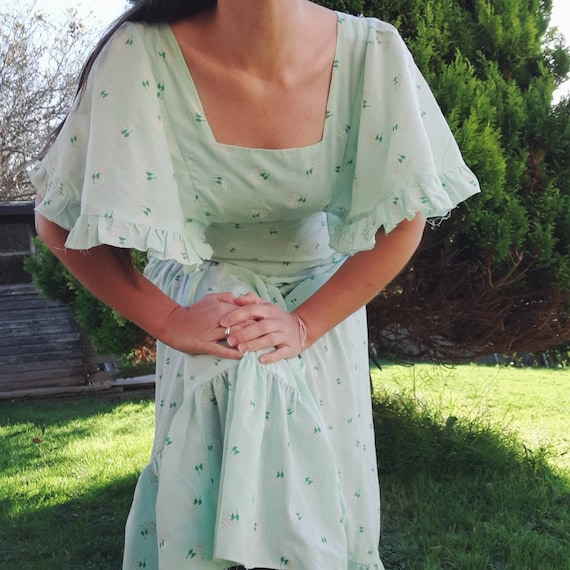 Lovely 70s floral maxi dress with flutter sleeves