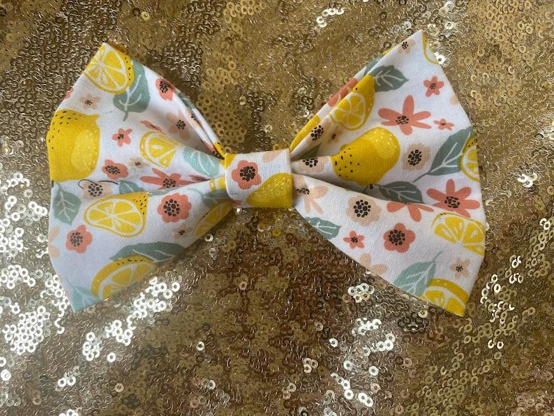 Sweet Floral Lemon Bow