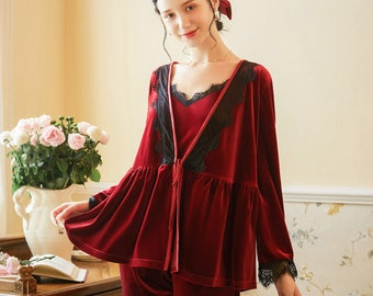 Vintage Red Velvet Fleece Sleepwear Lounge Gown with Side Pockets