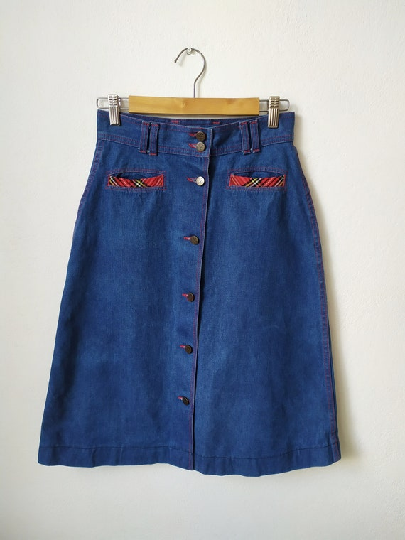 Vintage 1970s jeans skirt, A-line, high waist, bu… - image 7