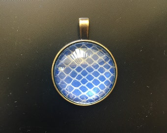 iridescent shifting color Mermaid Blue Snakeskin Earring set flower border real snakeskin