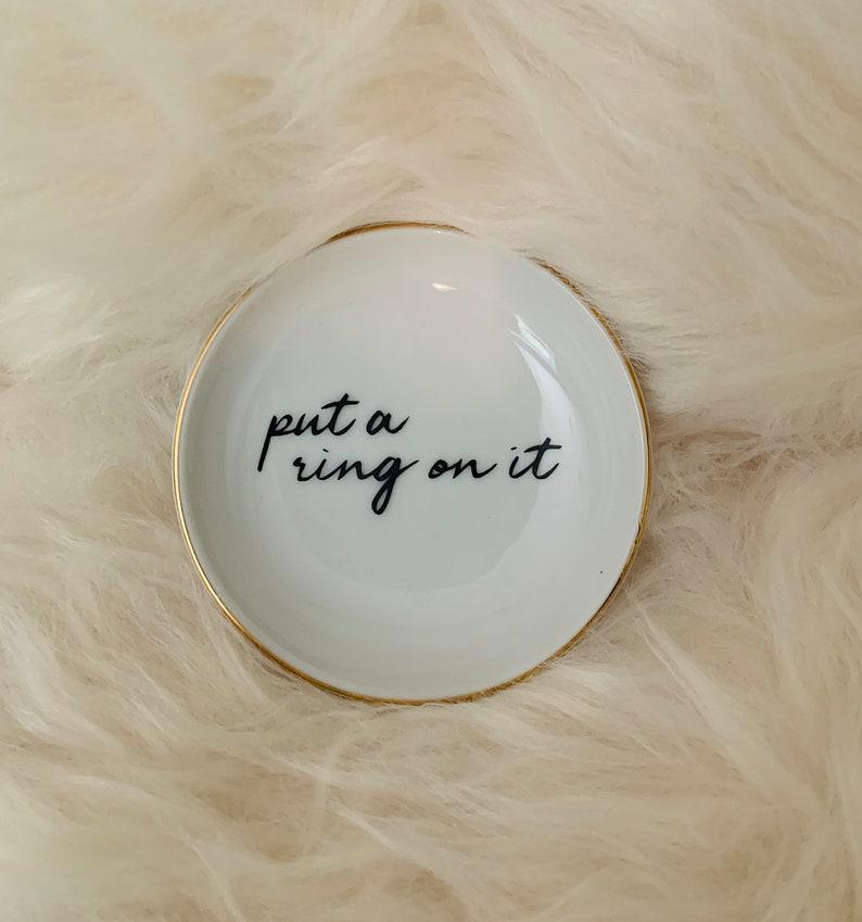 Small Ring Dish \u201cRing\u201d