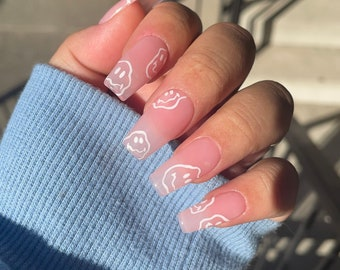 Droopy Faces | Luxe Press on Nails | Length & Shape : Medium Square