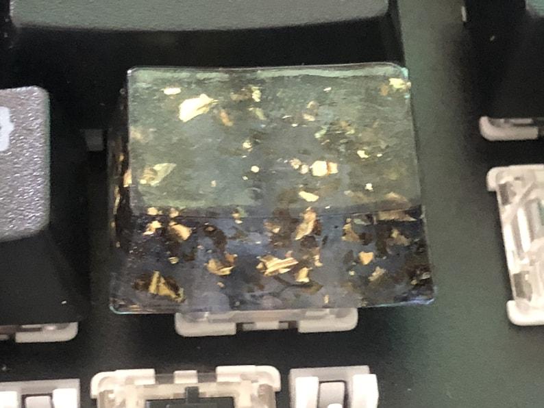Newest original Gold foil dark green Handmade Resin Gold foil dark green Custom Made 1U-6.25U HDJ Keycaps Spacebar Enter Key cap