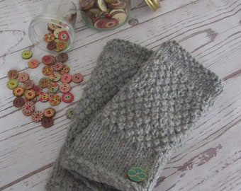 Soft grey alpaca and wool mix fingerless gloves in moss stitch, comes with the KnitClaire wooden button and spare yarn