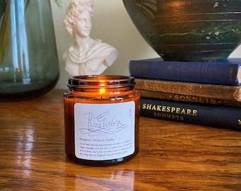 Bergamot, Peony & Vanilla scented soy candle | Elizabeth I