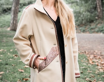 Wool coat and beige cashmere