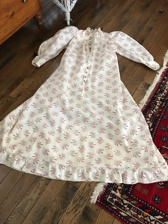 Antique 1880's Calico Print Dress. Wearable Size - image 4